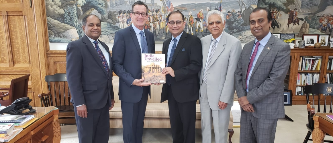 Consul General and Deputy Consul General called on Hon'ble Governor of Connecticut Mr. Dannel P. Malloy