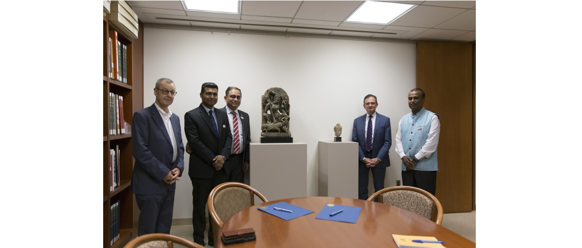 Officials of Metropolitan Museum and the Consulate at the Signing ceremony for handing over of two Indian antiquities (L to R) John Guy, The Met Museum, D P Misra, Consul (Trade), Sandeep Chakravorty, Consul General, Daniel Weiss, President, The Met Museum, Shatrughna Sinha, Deputy Consul General