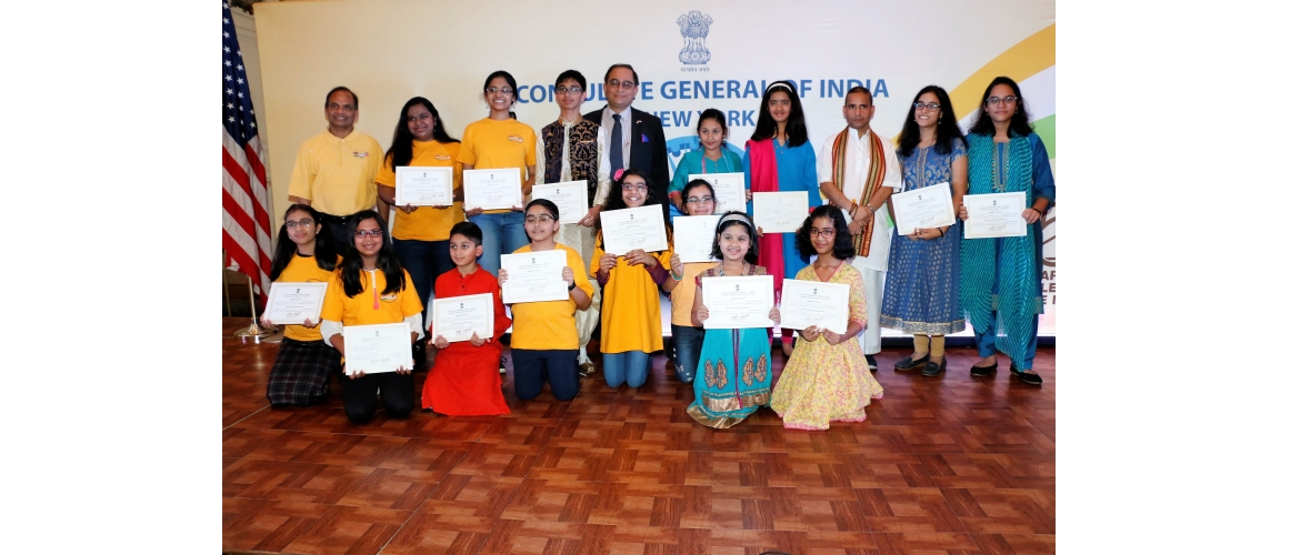 Consul General felicitated kids on their excellent performance on the occasion of Pravasi Bharatiya Divas & World Hindi Day (Jan 12, 2019)